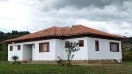 SE vende Cabaña en Villa de Leyva a 2 Km del casco urbano