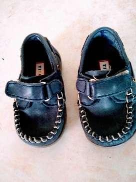 Zapatos Naúticos Cuero Abrojo Titanitos Azul n19 sin uso