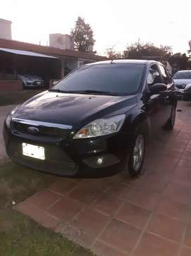 VENDO FORD FOCUS 2012