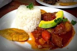 cocinera de comida criolla