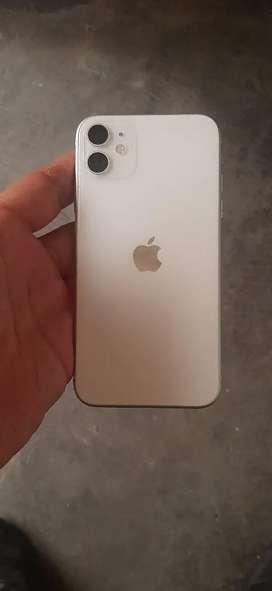 Se vende iPhone 11 de 64gb un mes de comprado se vende por motivo de viaje