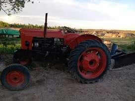 Vendo tractor Fiat 481