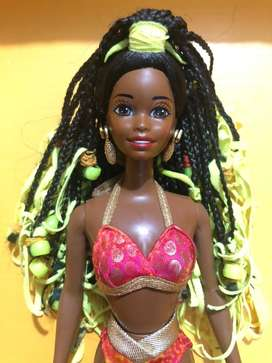 Muñeca Barbie Shani Beach Dazzle