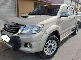 Ven Toyota hilux Sr 3.0 modelo 2012 sr3.0 4x2