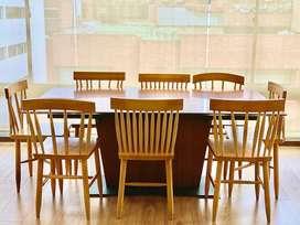 Set de Comedor de 8 puestos expandible a 12. BoConcept