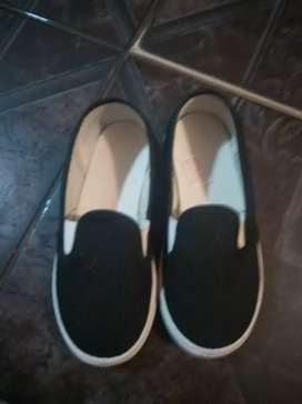 Vendo zapatilla lona