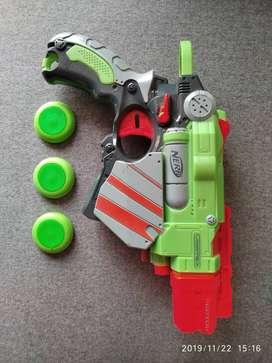 Nerf Vortex Proton Blaster cómo nueva.