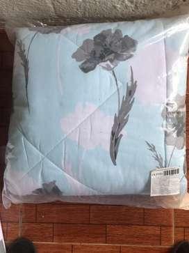 Cubrecama color turquesa floral