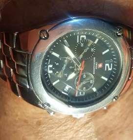 Vendo cambio  reloj  SWISS MONTSINER   SUIZO  cuarzo