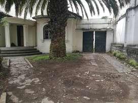 VENDO TERRENO CENTRO NORTE DE QUITO, UBICACION COMERCIAL Y RESIDENCIAL