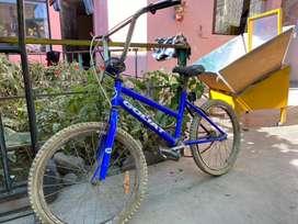 Bicicleta BMX para adaptación