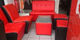 Muebles de Bar Karaokes Discotecas Cafes