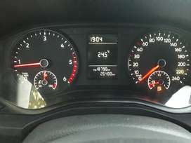 Volkswagen amarok trendline 4x2 pocos kilómetros su uso es de paseo nunca campo