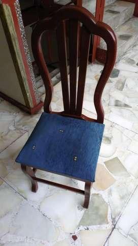 Vendo o Cambio silleta de madera vintage clásica