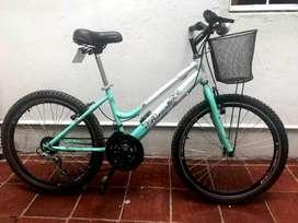 Bicicleta rin 24 con canasta y cambios como nueva