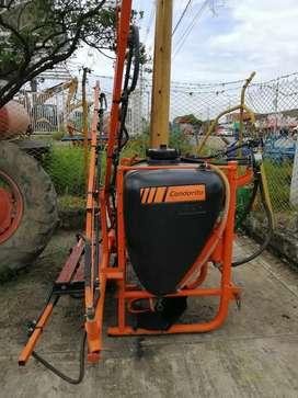 Vendo maquinaria e implementos agrícolas