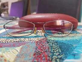 Marcos de anteojos  Cacharel originales impecables