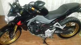 vendo moto Impecable 0 detalle Cb190R