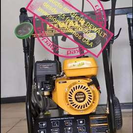 Hidrolavadora industrial DEWALT oferta 2200 psi disponible