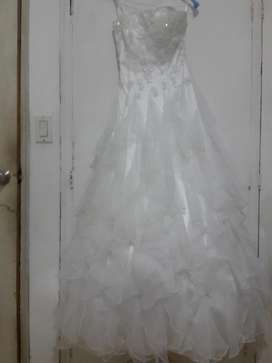 Vendo Hermoso Vestido Blanco de Boutique Negociable