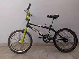 Vendo Bicicleta Venzo rodado 20