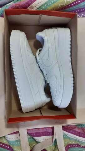 Zapatillas nuevas Nike air force