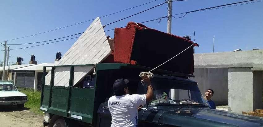 Camioneta dodge con  caja mudanzera .barranqueras .rcia vilelas .fontana 0