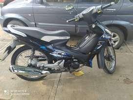 se vende hermosa moto suzuki
