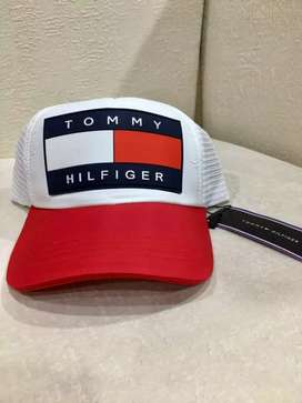 Gorras Adidas, Tommy Hilfiger, Gucci Nuevas