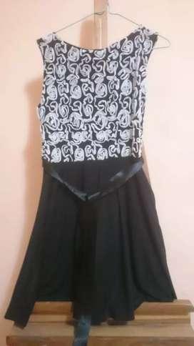 Vendo vestido color negro