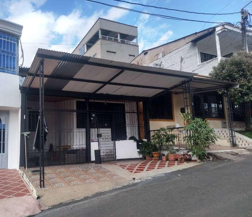 Oportunidad vendo hermosa casa barrio Villa Natalia