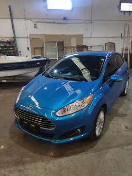 FORD FIESTA KINETIC TITANIUM POWERSHIFT.  IMPECABLE!