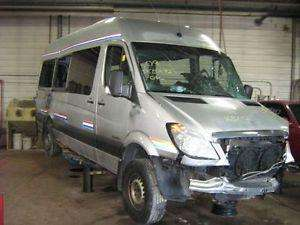 salvamento repuestos mercedes benz sprinter 515