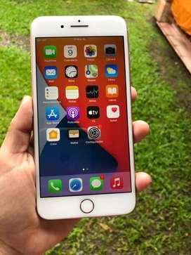 Iphone 8 plus 64gb, bateria 80, caja y cargador, nunca destapado, precio fijo