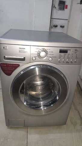 Lavadora y secadora LG 11.8KL AUTOMATICA