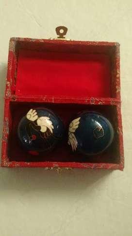 Bolas chinas en perfecto estado,cen su caja original.