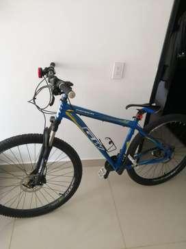 Bicicleta Gw Piraña 2018