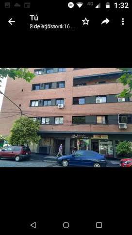 Departamento de Categoría 2 dormitorios/2 baños Barrio Sur, Dueño Alquila