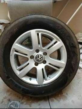 Vendo rueda completa Amarok