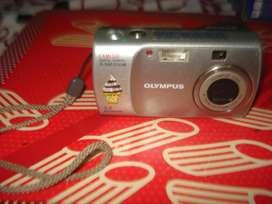 Camara Olympus Digital D540 Zoom Funcionando