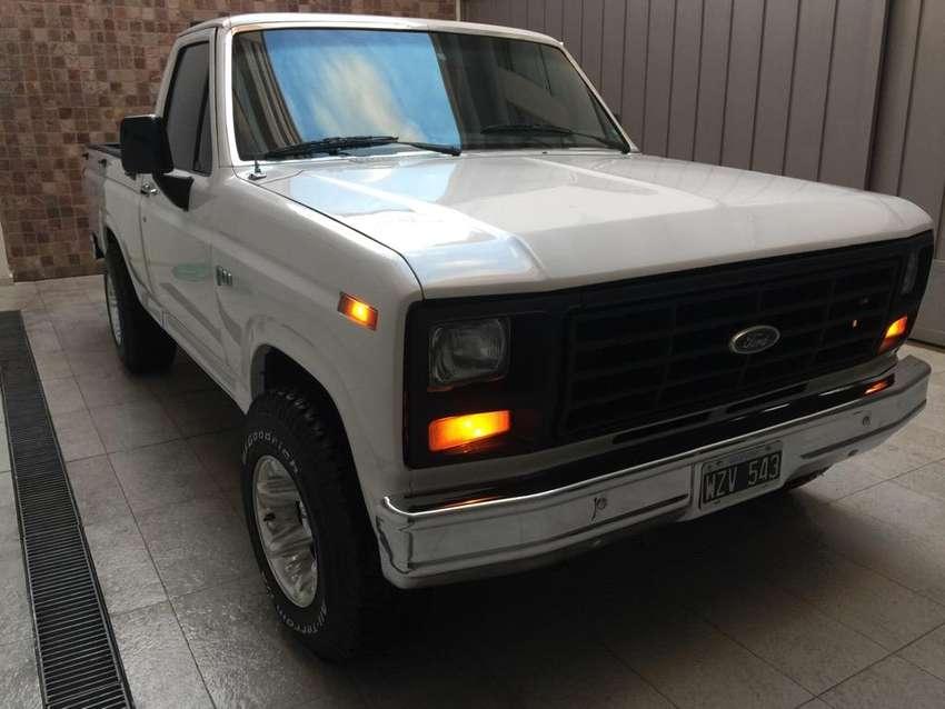 Ford F100 Ranger Americana Edelbrock V8 0