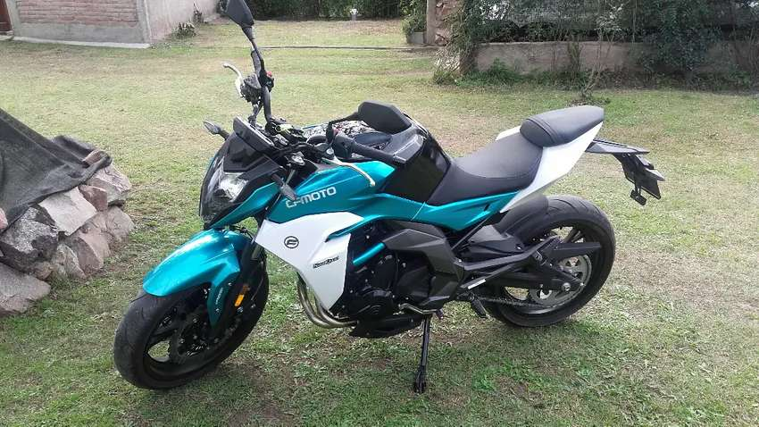 Moto cf400 0