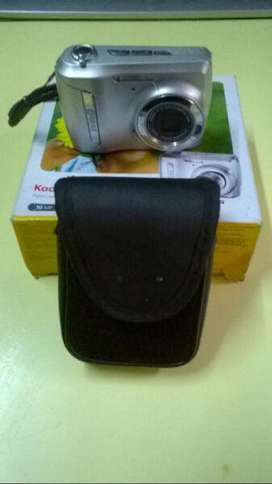 Camara digital Kodak C142 En Caja + Funda Y Correa Original Impecable