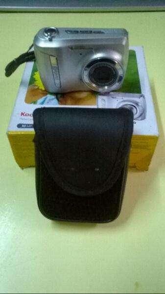 Camara digital Kodak C142 En Caja + Funda Y Correa Original Impecable 0