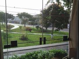 Departamento frente a parque