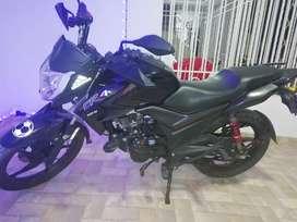Se vende moto CR4 mod 2020