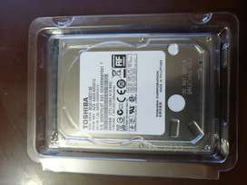 Disco duro 1TB  TOSHIBA MQ01ABD100
