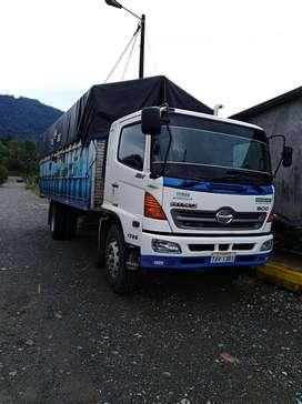 Vendo Camion Hino GH 1726  año 2010 en perfectas condiciones