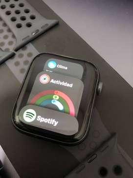 Apple Watch Serie 4 de 44mm GPS como nuevo