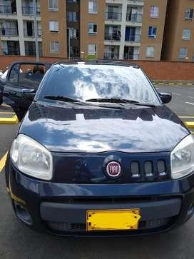 Vehículo Fiat uno 2014 - Azul Trinidad